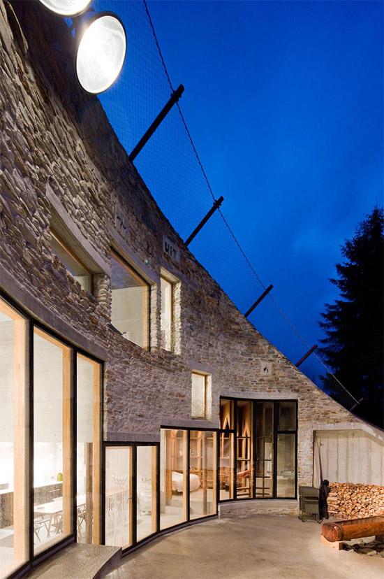 Search and CMA villa vals underground wall - Case cu design ultra-original (II)