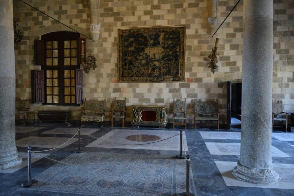 thepalace min 1024x684 - Palatul Marelui Maestru al Cavalerilor din insula Rhodos